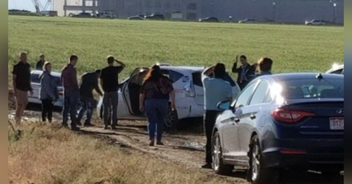 100 drivers stranded after Google Maps directs them through a 'muddy mess of a field'