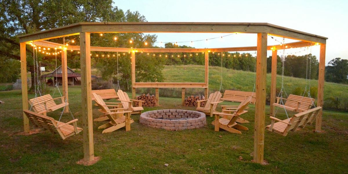 You can build this insane backyard fire pit just in time for the summer, and it's got everything
