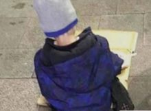 Tragic photo of homeless 5-year-old boy eating dinner off piece of cardboard shows reality