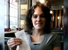 Single mother receives $2,020 tip from strangers before the new year