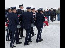 Hundreds brave snowstorm to say goodbye to 91-year-old Air Force veteran with no family