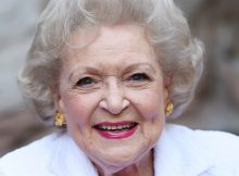 """People fear for Betty White's life during corona outbreak, now she reassures fans she's """"fine"""""""