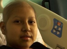 Teen battles leukemia alone in U.S. because officials refuse to allow her mom to cross Mexican border
