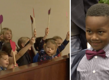 Boy invites entire kindergarten class to his adoption hearing–'The class is kind of my family'